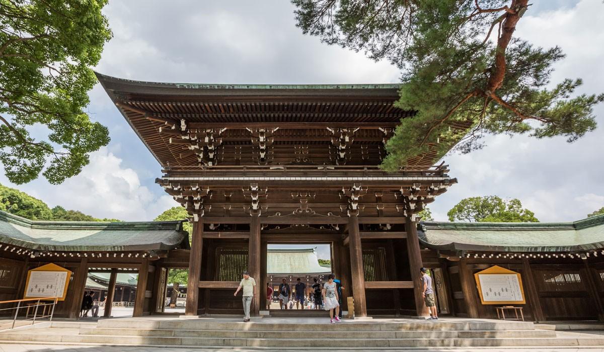 Altarul meiji jingu tokyo 1200x700