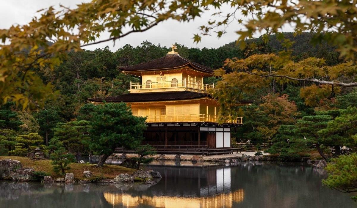 kinkakuji kyoto pavilionul de aur